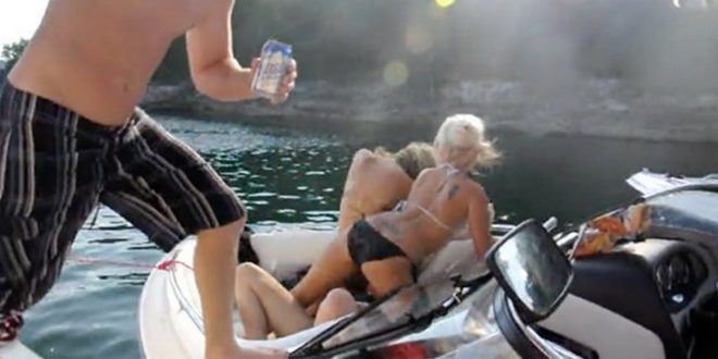 BEAUTIFUL Skinny Girls Twerking On A Boat: See What Went Wrong!